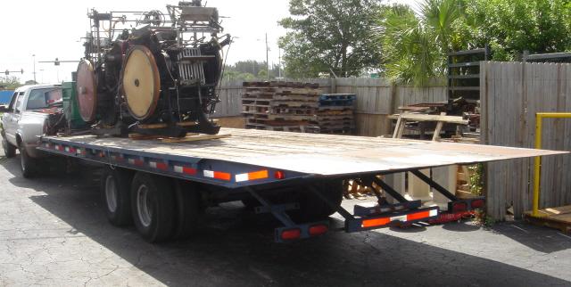 Gooseneck trailer- Rollback ~and~ dock height