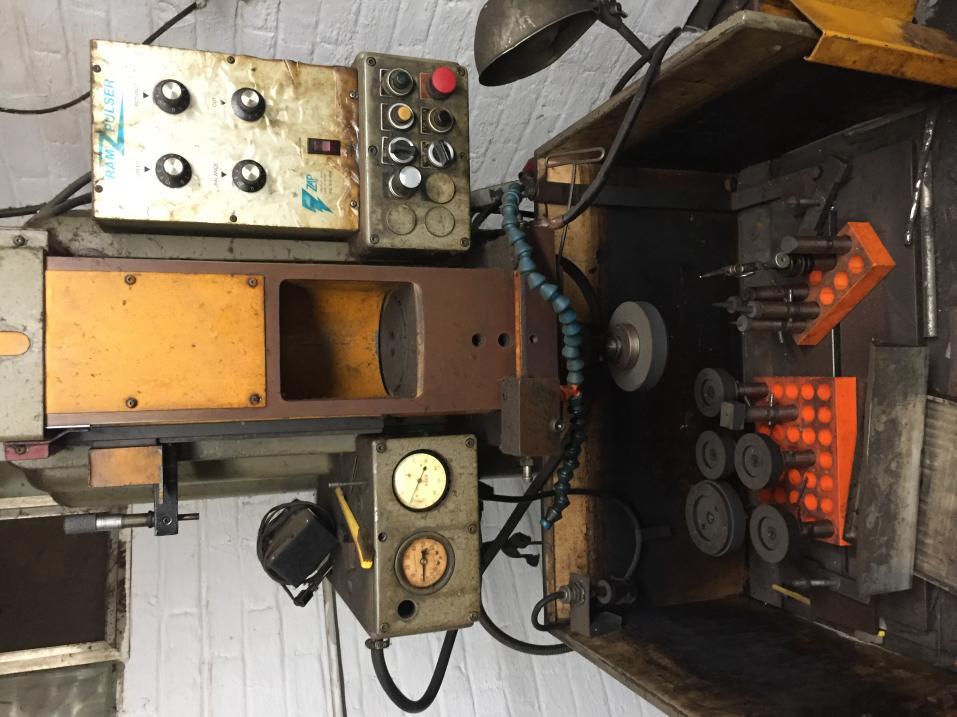 Elox EDM Machine & power supply Located in franklin park