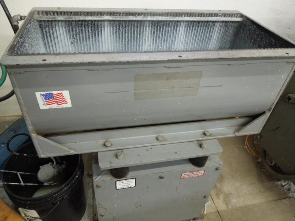 deburring tumbler machine