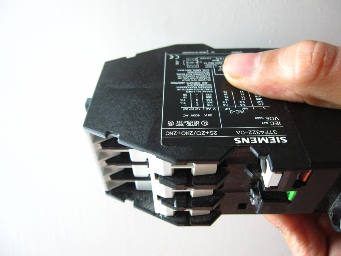 Wiring 3 Phase Contactor With Single Input And Output 230v Here Are The Pictures Of I Got