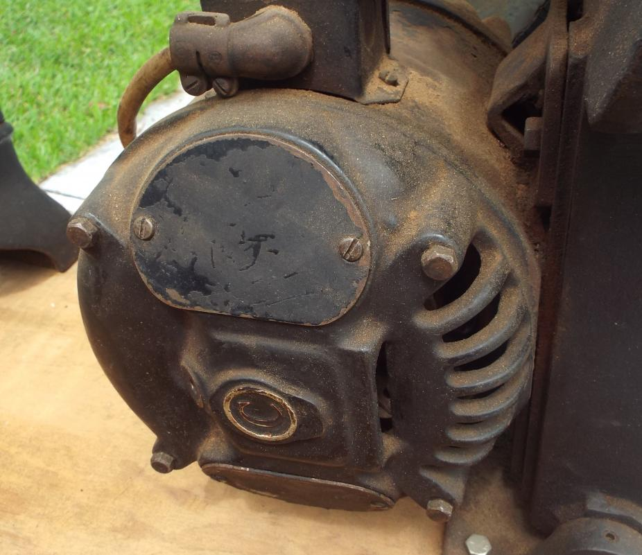 Lathe For Sale >> Antique cast iron flat top metal or wood lathe for sale ...