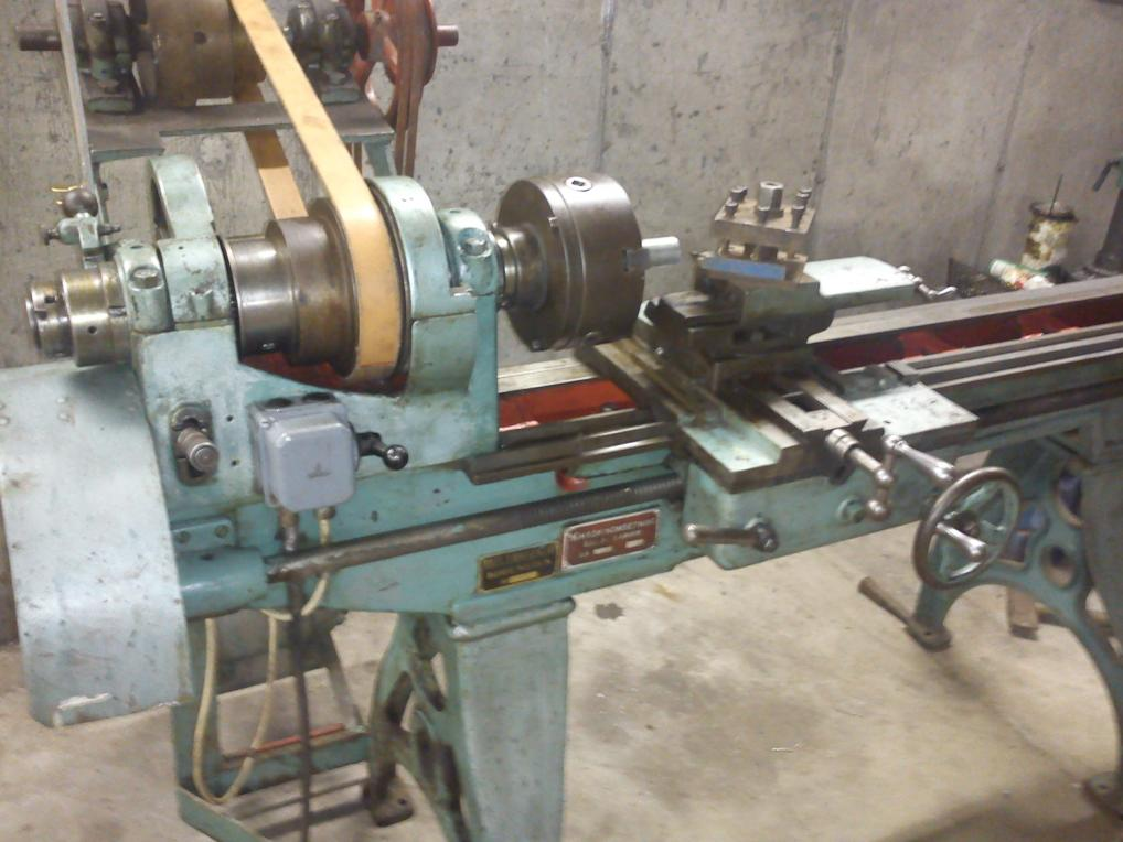 Identifying Old Lathe  Please Chime In Experts In Old