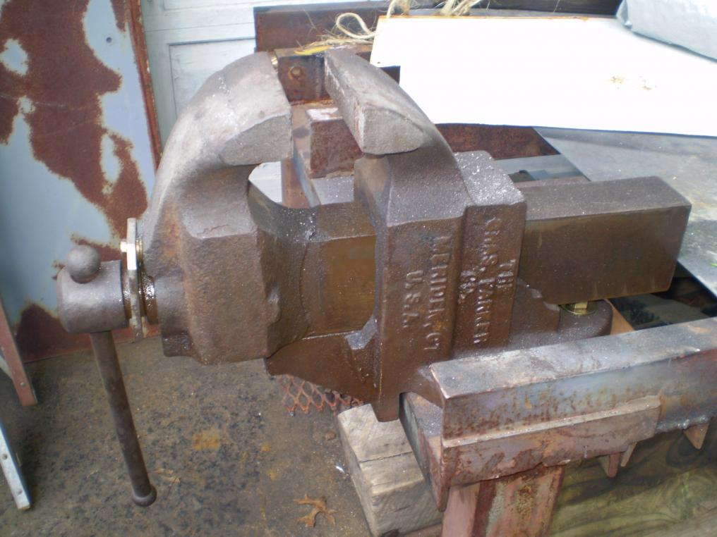 Found A Big Old Bench Vise Page 4