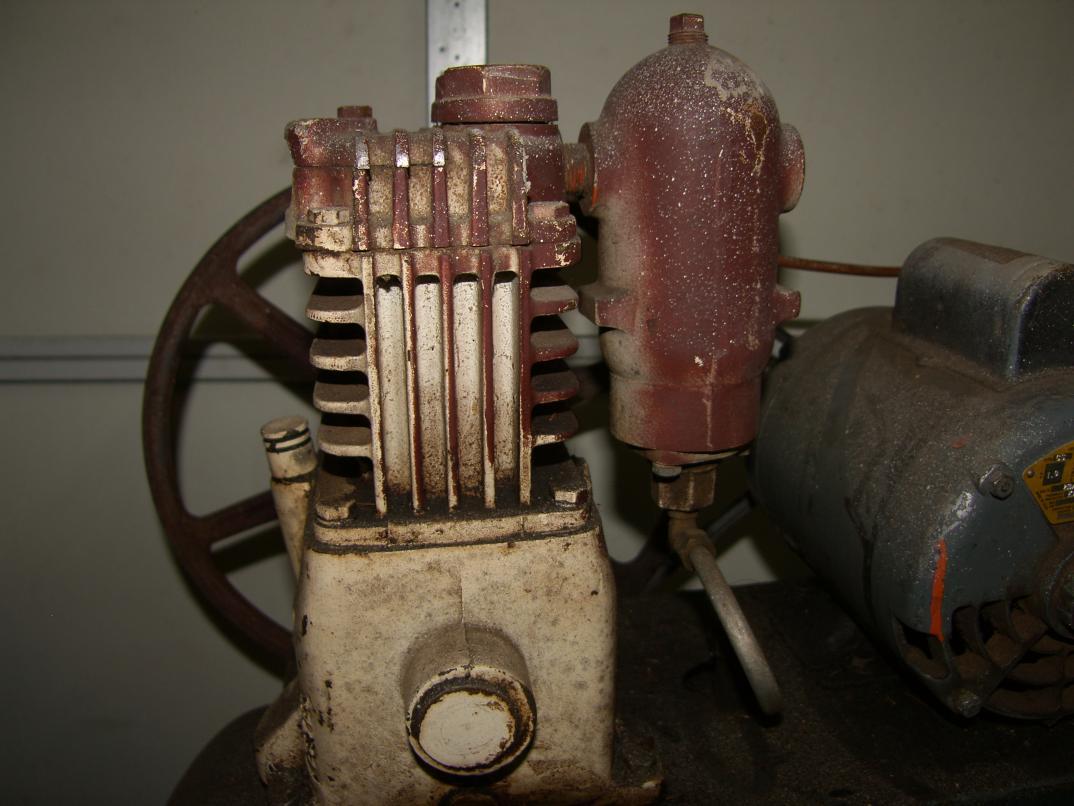 Scrap Or Repair  Old El Smith Portable 20 Gallon Compressor