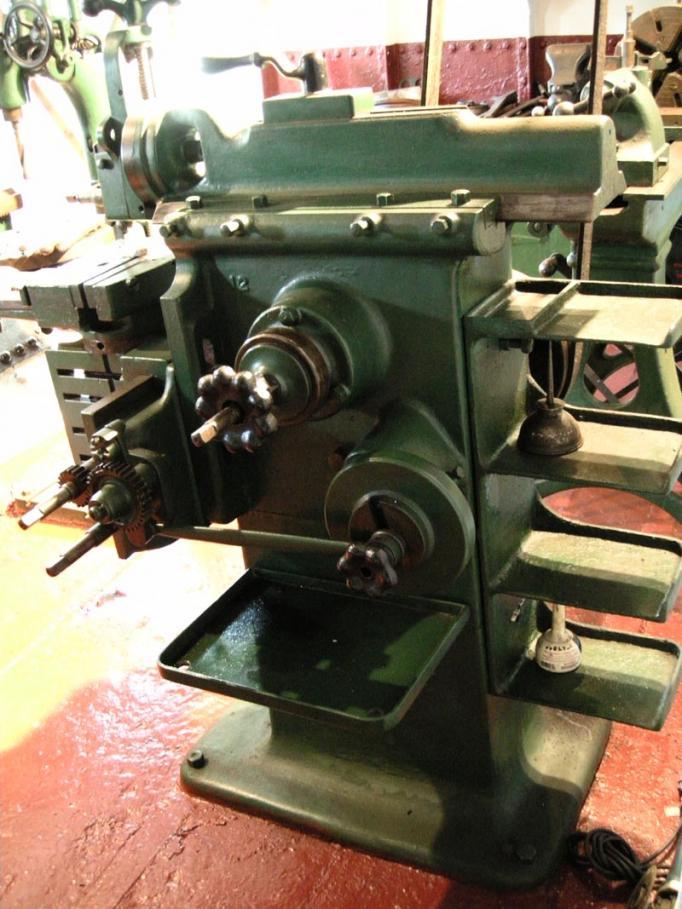 Uss new jersey bb 62 machine shop for Bb shop