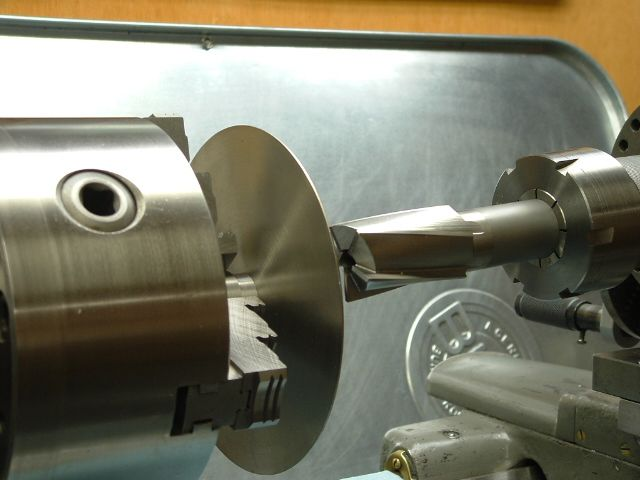 Using Sbl For Sharpening End Mill And Other Cutters