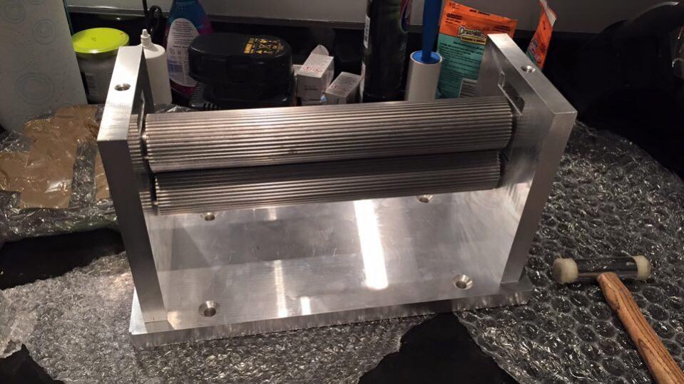 Sheet metal roller / slip roll design