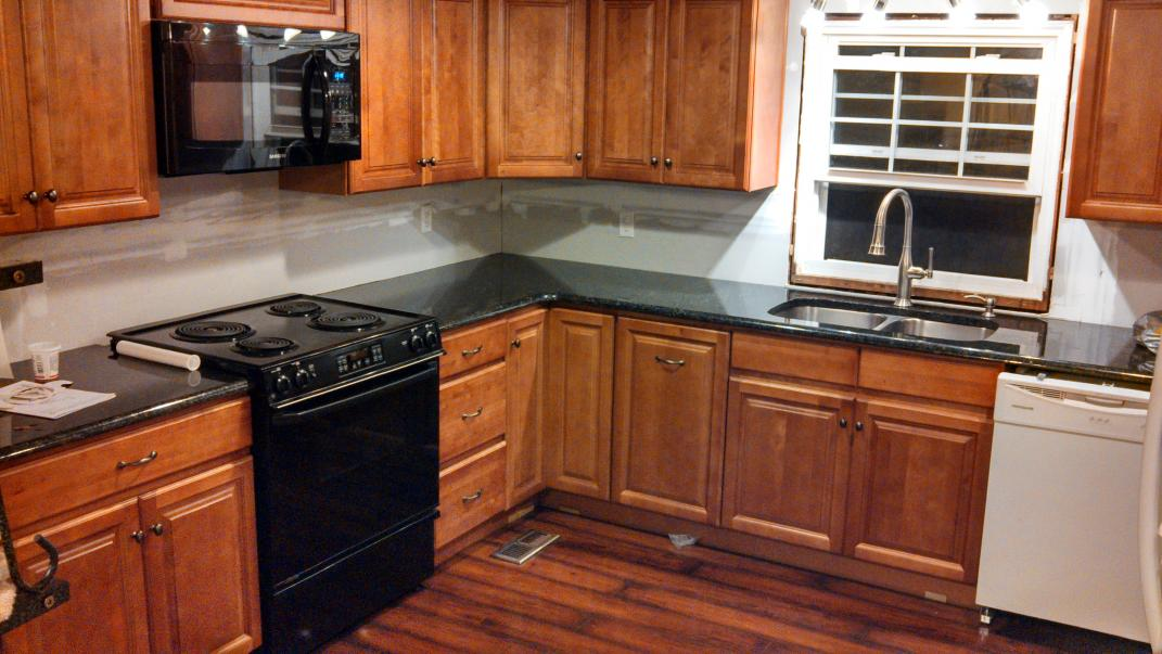 uba tuba granite with honey oak cabinets matasanos org
