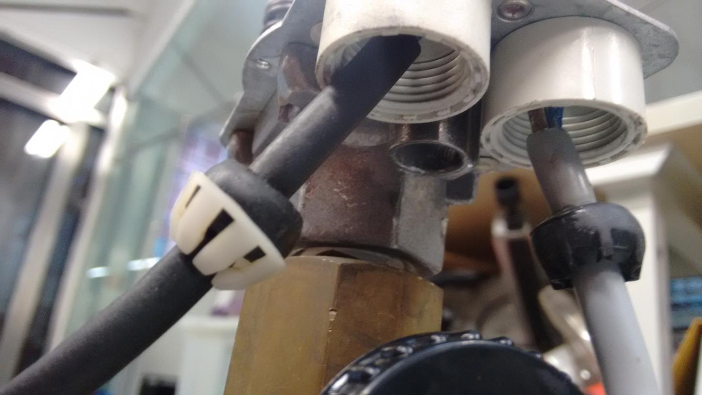 air pressor unloader    valve    repair