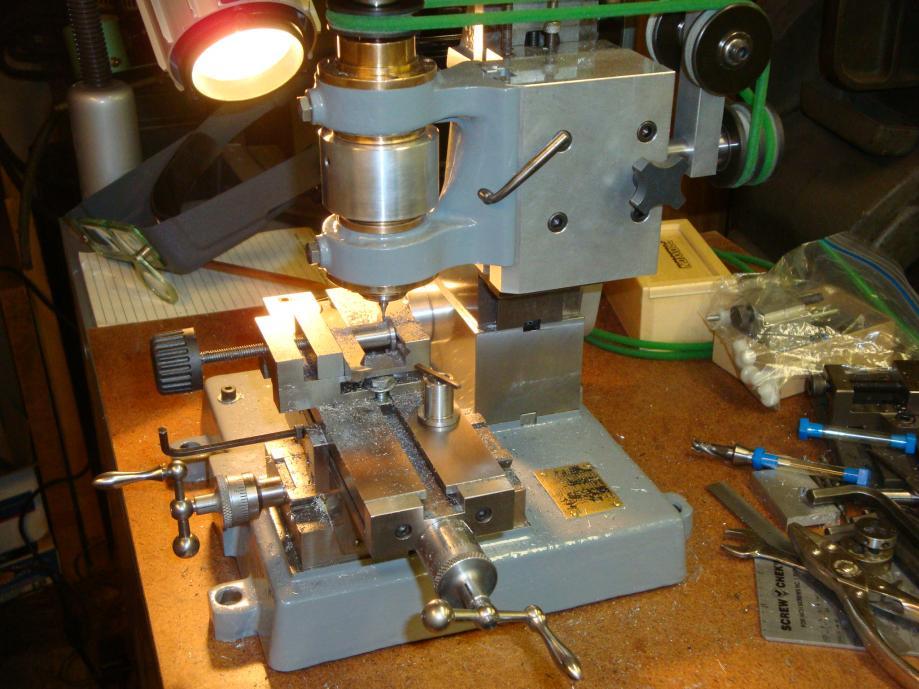 Help First Milling Machine