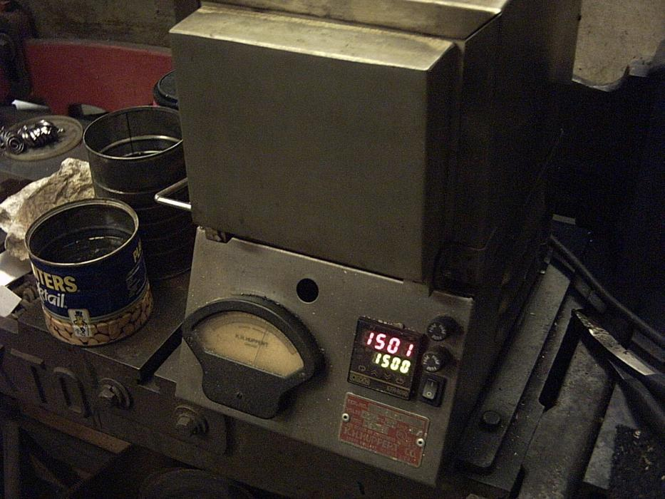 Heat Treating Oven : Electric oven heat treating