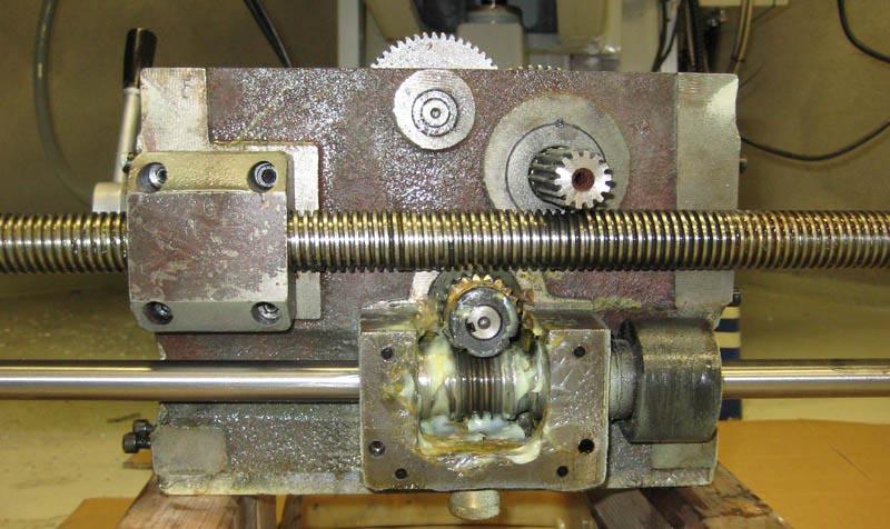 Lathe Machine Issue with lathe carri...
