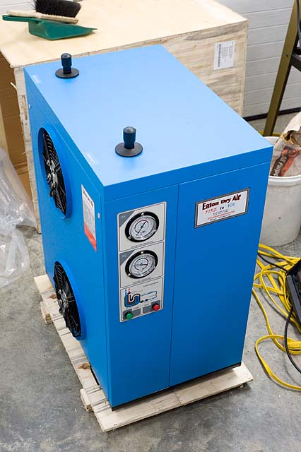 Air Dryer For Air Compressor >> Eaton Compressor air dryer.... second try