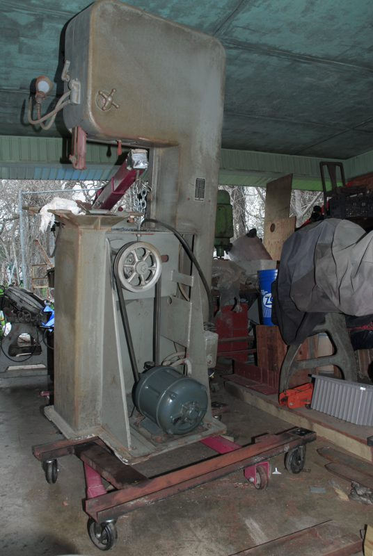 Single Speed Doall Vertical Bandsaw And Friction Cutting