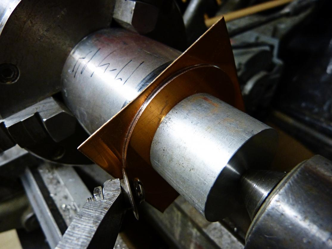 Cutting Small Diameter Circles On A Lathe