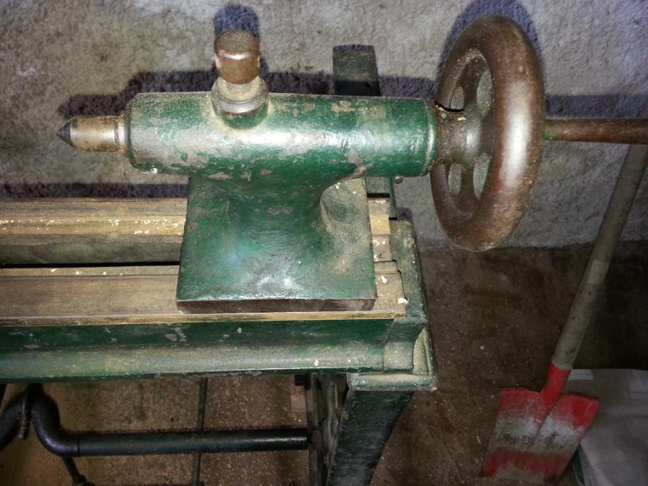 Help needed to identify old treadle wood lathe