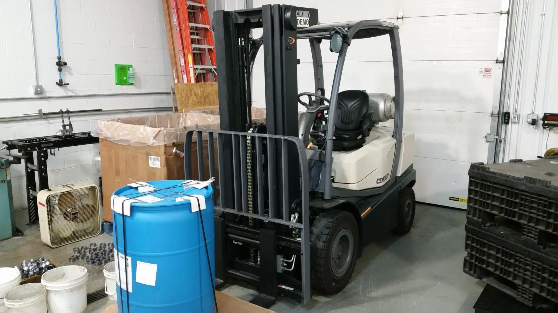 Fork Lift Lever Functions : Ever used sequence valve on forklift to achieve two