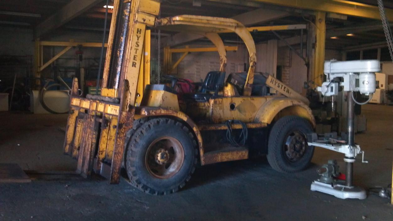 Hyster H400A 40,000 Lb Forklift